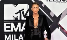 Ruby Rose Was Looking HOT AS HELL Rocking No Shirt Or Bra Under Her Coat At The MTV EMAs | Image 2 | #follownews