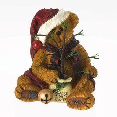 Boyd's Bears Christmas Simple Country Klaus Nickelbeary Santa Bear New 2013 Boyds Bears, Teddy Bears, Christmas Figurines, Christmas Ornaments, Christmas Holidays, Christmas Decorations, Christmas Teddy Bear, Love Bear, Peace On Earth