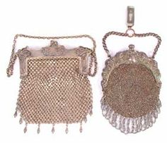 I don't know why I have this attraction to vintage/antique evening bags... but they are so artfully done... like a piece of jewelry...