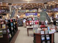 bookstore interior design layout - Google 検索