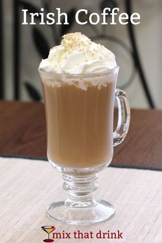 The Irish Coffee is a classic cocktail featuring coffee and Irish whiskey and optional Baileys Irish cream. Learn how to make this simple drink recipe and enjoy one on a cool evening. The Irish Coffee is Coffee Drink Recipes, Easy Drink Recipes, Coffee Cocktails, Cocktail Drinks, Cocktail Recipes, Alcoholic Drinks, Cocktail Ideas, Party Drinks, Party Snacks