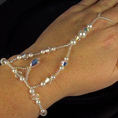 Bridal Gloves Bridal Bracelet Ring Bracelet door TwoBeWedJewelry, $65.00