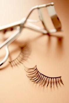 How to apply false eyelashes properly