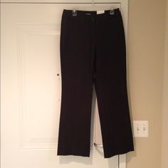 NWT Jones New York Sport dark brown twill pants NWT Jones New York Sport dark brown twill cotten lycra spandex pants. Two front pockets and belt loops, 31 inch inseam, 31 inch waist. Jones New York Pants