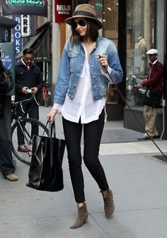 Women's fashion denim jean crop top blazer jacket+white loose T shirt+black skinny jean pants+grey suede bootie shoes