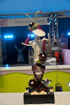 Silvia Federica Boldetti winning with the chocolate piece the Italian selection of The Pastry Queen 2015 made with decosil molds