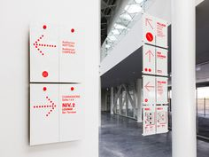 Signage and Wayfinding on Behance Environmental Graphic Design, Environmental Graphics, Street Marketing, Design Stand, Mises En Page Design Graphique, Graph Design, Design Design, Icon Design, Carpeaux