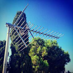Hoy ha tocado trabajos de altura, cambio de Antena. #alcad, #lte, #telecomunicaciones, #cambiodeantena, #sertec, #sertectelecomunicacions. www.videoporterosyantenas.com