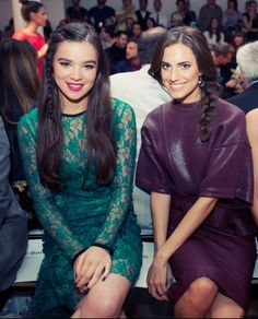 Hailee Steinfeld and Allison Williams at the Peter Som Spring 2013 show.