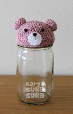 Mendaur Ulang Botol Kaca Bekas          Kali ini saya ingin berbagi inspirasi, memanfaatkan botol kaca bekas selai yang seharusnya jadi peng...