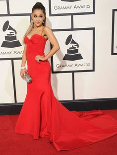 Ariana Grande aux Grammy Awards 2016