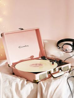 Ballet pink stylish chic record player for albums! They're making a comeback you know. Crosley X UO Cruiser Briefcase Portable Vinyl Record Player - Urban Outfitters Rose Gold Aesthetic, Music Aesthetic, Aesthetic Collage, Aesthetic Rooms, Aesthetic Vintage, Urban Aesthetic, Aesthetic Pastel, Aesthetic Photography Pastel, Bedroom Wall Collage