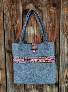 Torba filcowa na ramie etno Tote Bag, Bags, Fashion, Handbags, Moda, Fashion Styles, Totes, Fashion Illustrations, Bag
