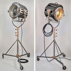 Mole Richardson 5000 watt Solarspot M-R type Film studio light made by Mole Richardson, Inc. of Hollywood, CA. Hollywood Lights, Old Hollywood, Studio Lighting, Lighting Design, Studio Lamp, Movie Projector, Narrowboat, Film Studio, Tripod Lamp