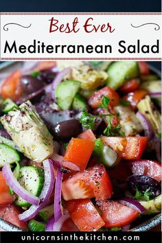 This healthy Mediterranean salad is packed with veggies and flavored with the best dressing (Hello Sumac! It's vegan, vegetarian and gluten free, making a wonderful side dish for grilled chicken or other Mediterranean dishes. Fruit Salad Recipes, Chicken Salad Recipes, Appetizer Recipes, Dinner Recipes, Lunch Recipes, Mediterranean Salad Recipe, Mediterranean Dishes, Vegetarian Recipes Easy, Healthy Recipes
