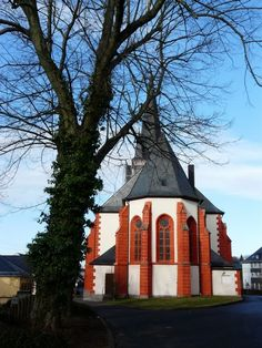 Church in Baumholder, Germany. Went to midnight mass for Christmas Places Ive Been, Places To Visit, Black Forest Germany, Old Churches, Wonderful Time, 6 Years, Beautiful Images, Spaces, Vacation