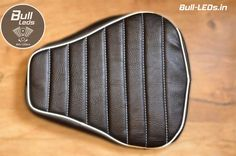 #RoyalEnfield #RoyalEnfieldClassic Custom Seat Covers, Enfield Classic, Royal Enfield, Zip Around Wallet, Motorbikes