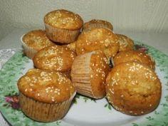 Briose de post cu mere Muffins, Breakfast, Food, Morning Coffee, Muffin, Eten, Meals, Morning Breakfast, Cupcakes