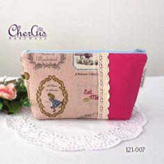 lace pouch tutorial