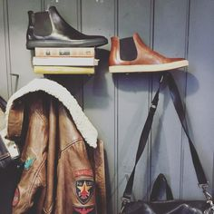 #CORNER #MEN #SHOES #PETESORENSEN #BIKER #AVIATOR #LOOK #VINTAGE #DECO #SHOPPING #LYON