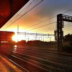 """@_ale_m's photo: """"#amazing #color #station #train #stazione #treno #bologna #viaggio #travel #cute #beautiful #viaggi #binari #foto_italiane #golosidifuturo #view #me #myview #sun #summer #tramonto #luglio"""""""