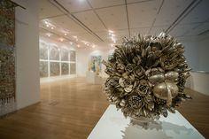 Анна Каррингтон (Ann Carrington) Вазы с цветами из серебряных столовых приборов!