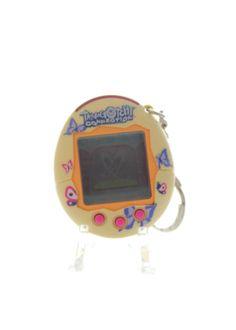 Tamagotchi (Bandai) Connection V2 jaune - yellow