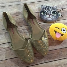 Metallic Gold Flat Side On D'orsay Shoes Gorgeous! Match pretty much any outfit! Get dressed up and still be comfy. True to size Pink & pepper Shoes Flats & Loafers