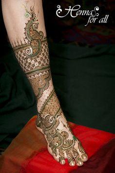 Mehndi Maharani 2013 Finalist: Henna For All http://maharaniweddings.com/gallery/photo/13928