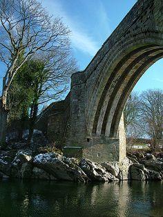 Devil's Bridge, Kirkby Lonsdale, Cumbria, UK. Beautiful UK Bridges: http://www.europealacarte.co.uk/blog/2013/04/29/uk-bridges/