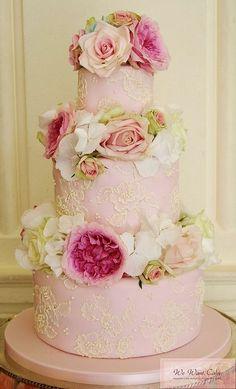 Gorgeous wedding cake.