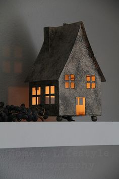Little tin house Clay Houses, Ceramic Houses, Paper Houses, Miniature Houses, Saltbox Houses, Putz Houses, Fairy Houses, Tin House, Home Candles
