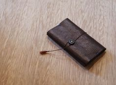 WAQWAQ 手縫いの革鞄・革小物/商品詳細 SOFT LEATHER CARD CASE