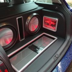Depo Extreme Car Audio just finished up this build, and it looks amazing!