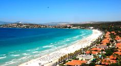 Cesme travel guide. Plan your trip to Cesme, one of the top travel destinations on the Agean coasts in Turkey, offering an amazing vacation to its visitors with beaches, bays, Agean food and places to visit in and around Cesme.