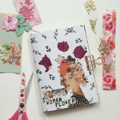 My sweet friend @dansmoncrane has kicked off the guest post series on my blog and I'm so excited to share the amazing talent headed your way every Friday. This themed art journal makes my heart boom boom and I know it will do the same for yours. Link in my profile.