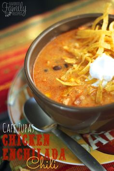 You have got to try our version of Cafe Zupas Chicken Enchilada Chili! Cafe Zupas is famous for their delicious soups and this soup is my very favorite! What makes this soup taste so amazing is that it is made with red and green enchilada sauces. Chili Recipes, Copycat Recipes, Mexican Food Recipes, Crockpot Recipes, Soup Recipes, Dinner Recipes, Cooking Recipes, Cooking Chili, Chicken Recipes