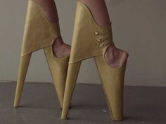 most beautiful shoes in the world | The Most Beautiful Shoes In The World Watch-a-model-try-to-walk-in ...