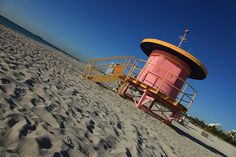 Pink lifeguard stand on #Miami #Beach. #Travel