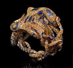 Jack du Rose Octopus yellow gold, yellow, orange and blue sapphire, cognac… Octopus Jewelry, Octopus Ring, Sea Jewelry, Animal Jewelry, High Jewelry, Jewelry Art, Jewelry Design, Gold Jewellery, Designer Jewellery