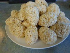 Hollow Crispy Rice Eggs - with candies inside... kinds fun!