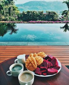 Breakfast & View goals Wish I was waking up to this ✨ (@thesunshinescape) *..with me babe..? ❤
