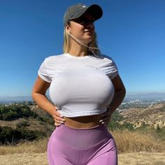 Find images of Beautiful Girls. ✓ Free for commercial use ✓ No attribution required ✓ High quality images. Celebrity Workout, Attractive Girls, Gorgeous Blonde, Blonde Beauty, Girls Wear, White Tees, White Shirts, Sexy Women, T Shirt