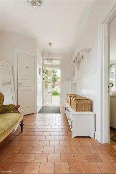 Hall Alcove, Entrance, Bathtub, Bathroom, Standing Bath, Washroom, Entryway, Bath Tub, Bathrooms