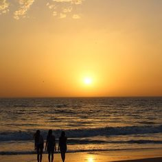 Comment: merveparlar said #miss #it #senegal #friends #so #beautiful #place #beach #sunset #instalove #instamood #instagrammers  #igers #like @lisabutterweck @tine_ritter