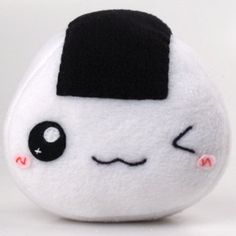 Kawaii Onigiri Plush. I could probably make this. SO CUTE!