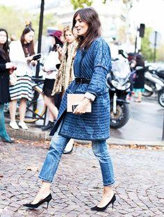 Emmanuelle Alt usa kimono jeans com cinto