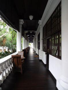 Book Raffles Hotel Singapore, Singapore on TripAdvisor: See 2,572 traveler reviews, 1,561 candid photos, and great deals for Raffles Hotel Singapore, ranked #2 of 306 hotels in Singapore and rated 4.5 of 5 at TripAdvisor.