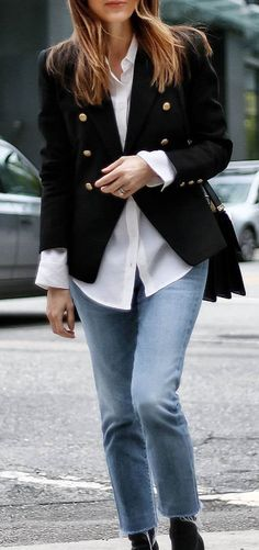 obsessed office style outfit idea