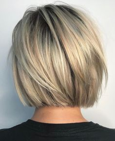 Short and cheeky Blunt Bob Haircut # Bobhair cuts # Haircuts … Kurzer und frecher stumpfer Bob-Haarschnitt # Graduated Bob Haircuts, Blunt Bob Haircuts, Short Bob Hairstyles, Neck Length Hairstyles, Short Blunt Haircut, Short Blunt Bob, Hairstyles Haircuts, Short Graduated Bob, Back Of Bob Haircut
